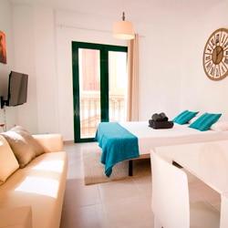 Alquilar estudio Malaga centro turismo