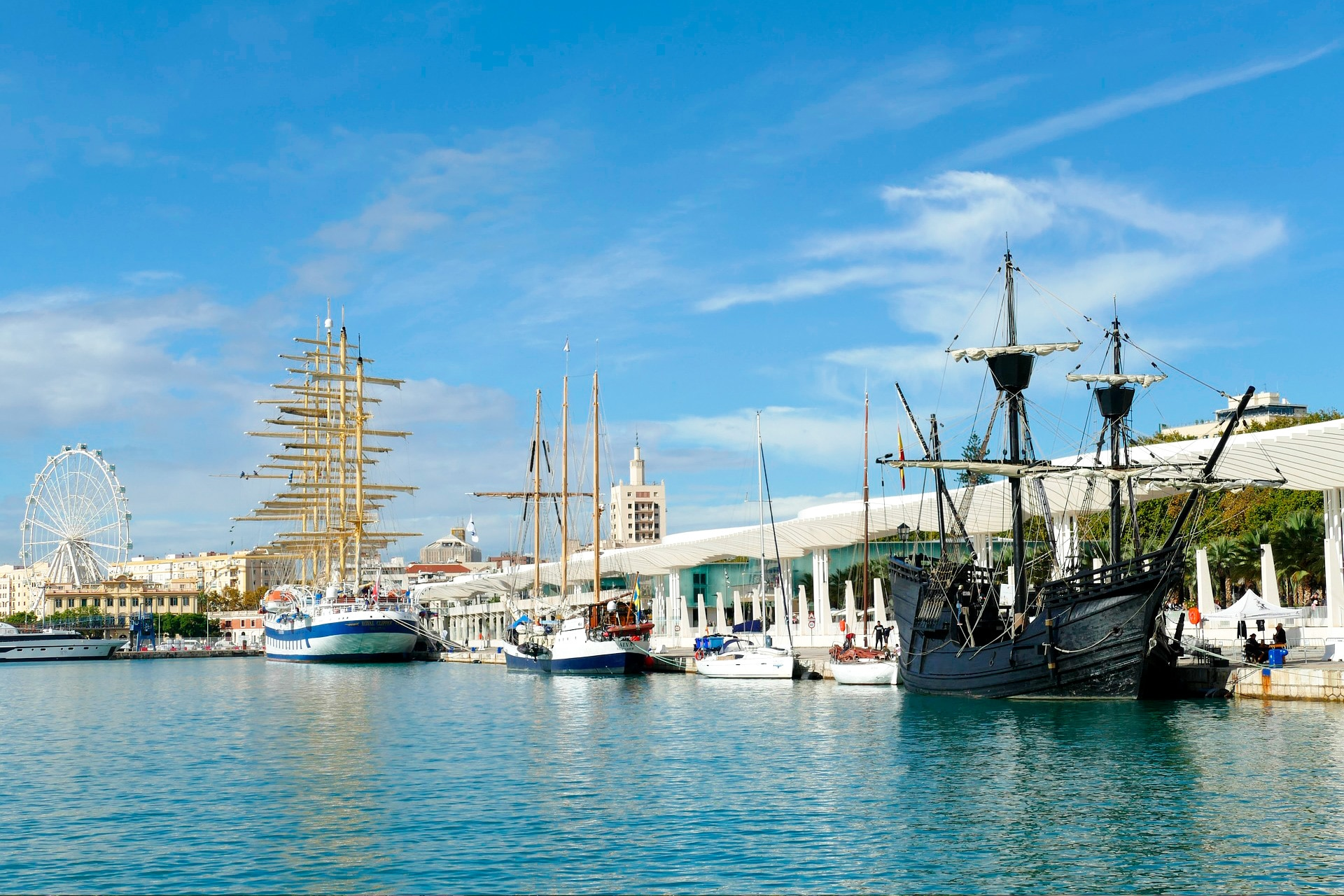 barcos puerto de malaga