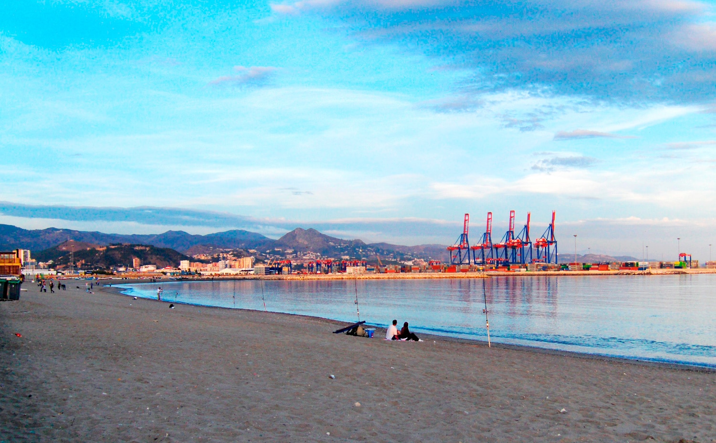 foto de la playa de Huelin