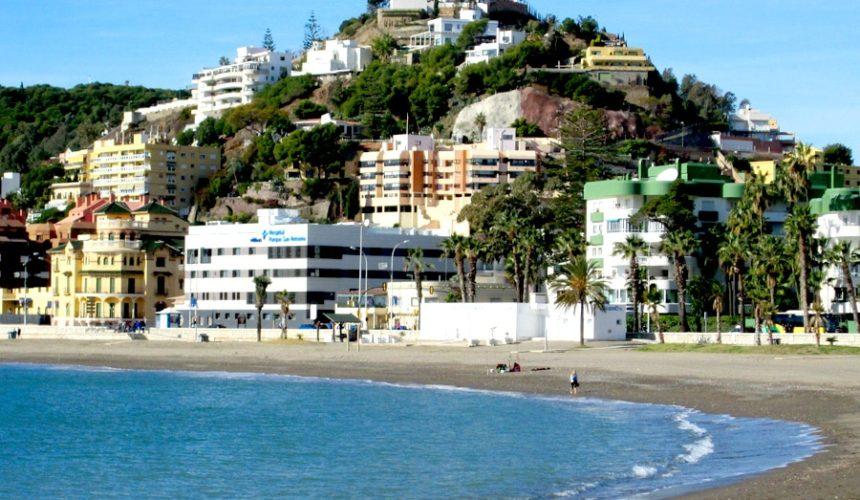 playa caleta malaga