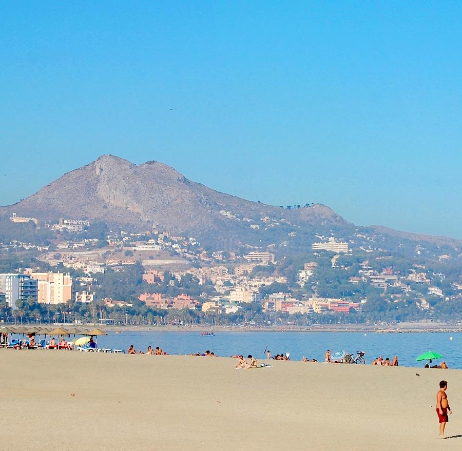 visitar playa la malagueta