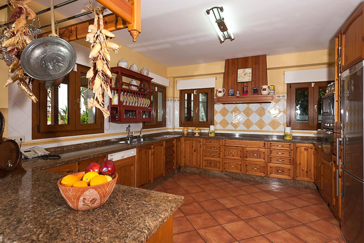 alhaurin-villa-10-holidays2malaga