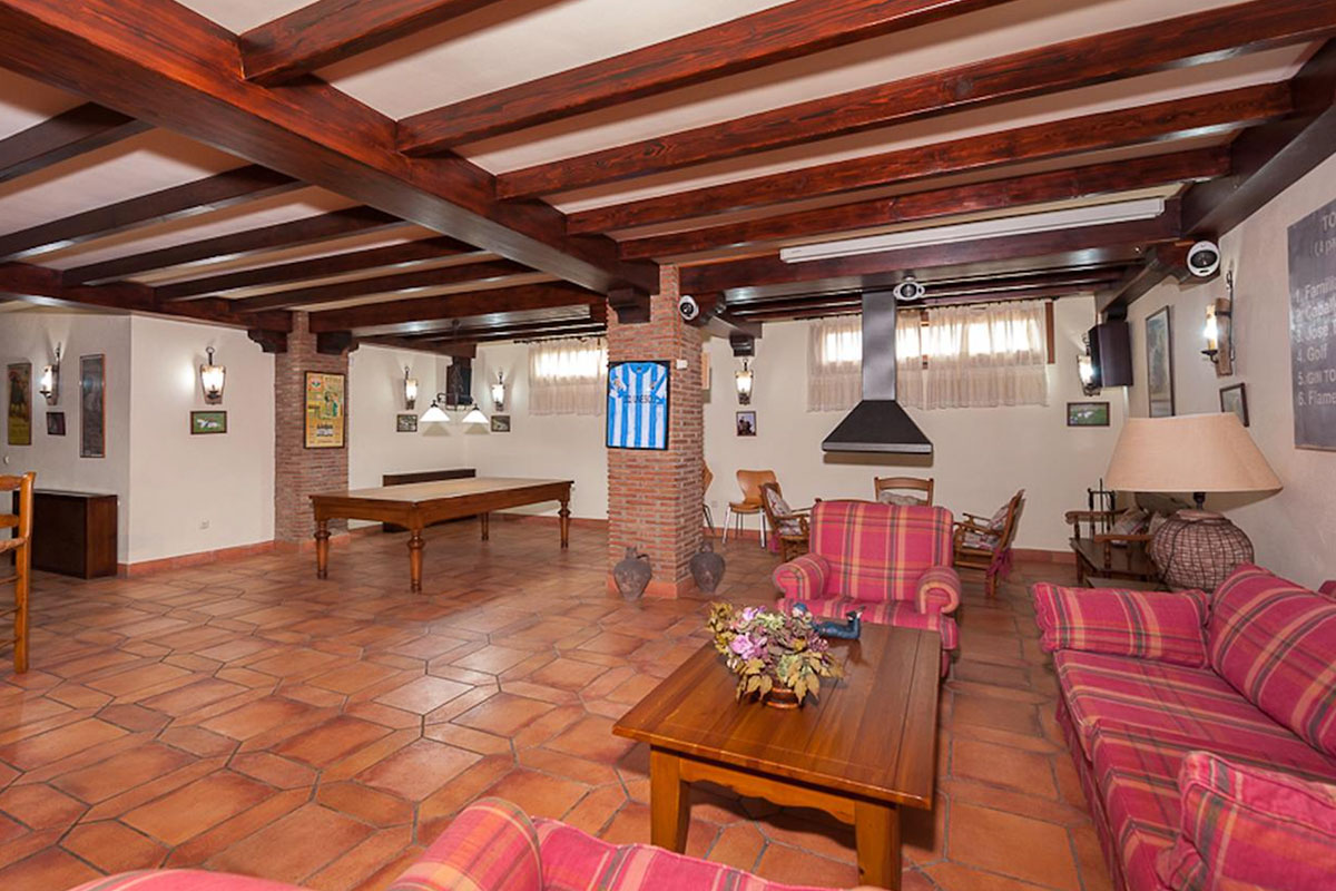 alhaurin-villa-8-holidays2malaga